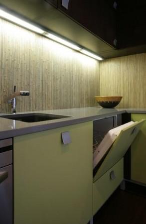 köögimööbel-rohekas-köögimööbel-bambus-seinaga
