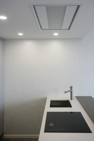 köögimööbel-tööpinnaga-saar-kraaniga