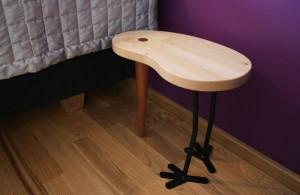 julged-värvilahendused-öökapp-laud