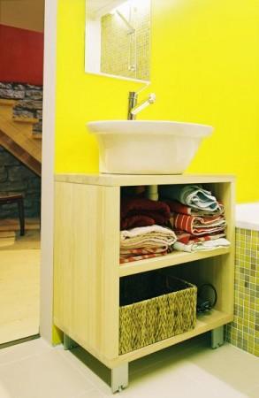 vannitoa-mööbel-avatud-vannitoa-kapp