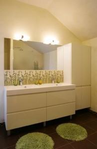 ökoeramu-sakus-vannitoa-kraanikauss