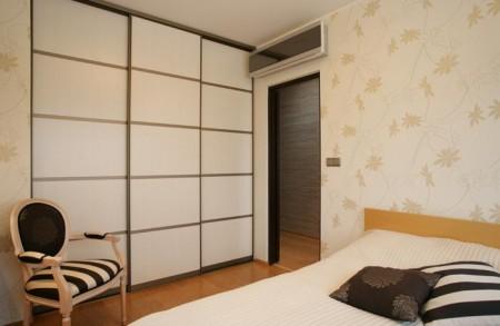 garderoob-riidekapp-lükandustega-magamistoas