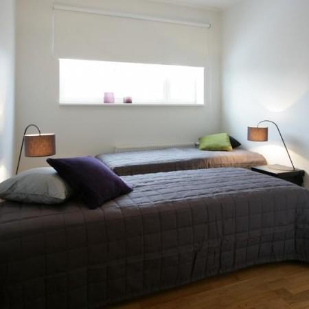 lastetoa-mööbel-kaks-kõrvuti-voodit-öökappidega