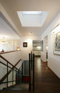 ridaelamu-helsinkis-trepp-koridor