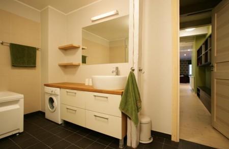 vannitoa-mööbel-pesumasina-paigutus-vannitoas-ühe-tööpinna-alla