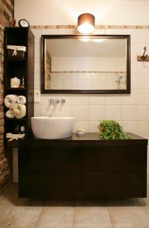 vannitoa-mööbel-tumepruun-valamu-kapp